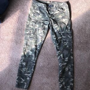 Army print jeans!